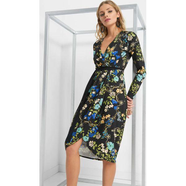 bb98d83bd3 Kopertowa sukienka w kwiaty - Czarne sukienki damskie marki Orsay ...