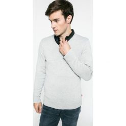 Levi's - Sweter. Brązowe swetry przez głowę męskie Levi's, z bawełny. W wyprzedaży za 169.90 zł.