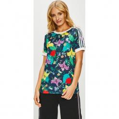Adidas Originals - Top. Szare topy damskie adidas Originals, z dzianiny, z okrągłym kołnierzem, z krótkim rękawem. Za 149.90 zł.