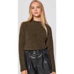 Sweter z drobnym splotem - Khaki. Brązowe swetry damskie Cropp, ze splotem. Za 69.99 zł.