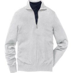 Sweter Regular Fit bonprix jasnoszary melanż. Swetry przez głowę męskie marki Giacomo Conti. Za 79.99 zł.