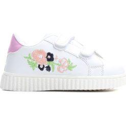 Białe Buty Sportowe Always Around. Białe buty sportowe dziewczęce Born2be, z materiału. Za 39.99 zł.