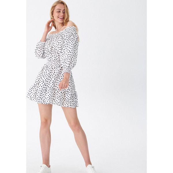 a7825742d8 Sukienka off shoulder w groszki - Wielobarwn - Szare sukienki ...