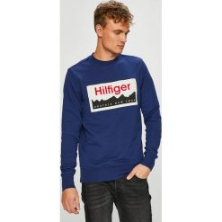 Tommy Hilfiger - Bluza. Niebieskie bluzy męskie Tommy Hilfiger, z nadrukiem, z bawełny. Za 499.90 zł.