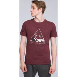 T-shirt męski TSM222 - burgund. Czerwone t-shirty męskie 4f, z bawełny. W wyprzedaży za 39.99 zł.
