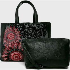 Desigual - Torebka. Czarne torby na ramię damskie Desigual. Za 399.90 zł.