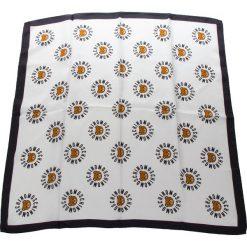 Chusta MOSCHINO - 03548 M1839 003. Białe szaliki i chusty damskie MOSCHINO, z jedwabiu. Za 369.00 zł.