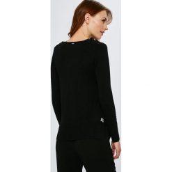 Guess Jeans - Sweter Beth. Szare swetry damskie Guess Jeans, z dzianiny. W wyprzedaży za 299.90 zł.