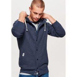 Bluza typu COLLEGE - Granatowy. Niebieskie bluzy męskie Cropp. Za 129.99 zł.