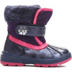 Granatowe Śniegowce Feel Cold. Niebieskie buty zimowe dziewczęce Born2be, z materiału. Za 69.99 zł.