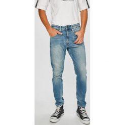 Tommy Jeans - Jeansy TJ 1988. Niebieskie jeansy męskie Tommy Jeans. W wyprzedaży za 319.90 zł.