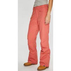 Roxy - Spodnie Snowboardowe. Szare spodnie materiałowe damskie Roxy, z poliesteru. W wyprzedaży za 439.90 zł.