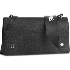 Torebka CALVIN KLEIN JEANS - Logo Banner Shoulder Flap Bag K40K400823 001. Czarne listonoszki damskie Calvin Klein Jeans, z jeansu. Za 449.00 zł.