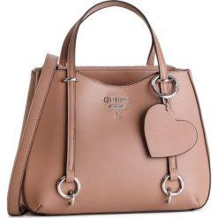 Torebka GUESS - HWVY7 170050  TAU. Brązowe torebki do ręki damskie Guess, z aplikacjami, ze skóry ekologicznej. Za 589.00 zł.