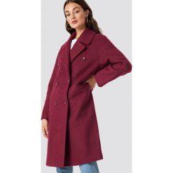 NA-KD Trend Dwurzędowy płaszcz oversize - Pink,Purple. Fioletowe płaszcze damskie NA-KD Trend. Za 364.95 zł.