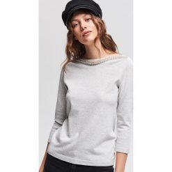 Sweter z aplikacją z koralików - Jasny szar. Swetry damskie marki KALENJI. W wyprzedaży za 59.99 zł.