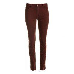 Mustang Jeansy Damskie Sissy Slim S&P 27/32 Burgund. Czerwone jeansy damskie Mustang. W wyprzedaży za 215.00 zł.