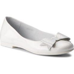 Baleriny RENBUT - 33-4357 Biały. Baleriny dziewczęce RenBut, ze skóry ekologicznej. W wyprzedaży za 139.00 zł.