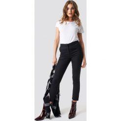 Rut&Circle Spodnie garniturowe - Black. Czarne spodnie materiałowe damskie Rut&Circle. Za 202.95 zł.