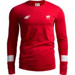 Longsleeve męski Polska Pyeongchang 2018 TSML210 - CZERWONY WIŚNIOWY. Czerwone bluzki z długim rękawem męskie 4f, z napisami, z bawełny, z dekoltem na plecach. W wyprzedaży za 129.99 zł.