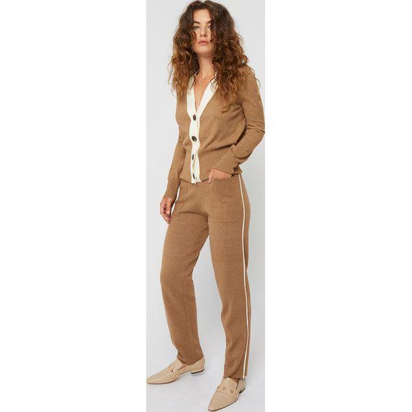 Spodnie w kolorze jasnobrązowym