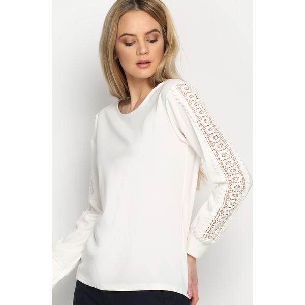ef093f41dd5048 Biała Bluzka Lace Strap - Białe bluzki damskie Born2be, w koronkowe ...