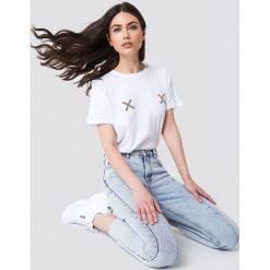 NA-KD Koszulka Double X - White. Białe t-shirty damskie NA-KD, z okrągłym kołnierzem. Za 72.95 zł.