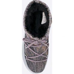 Moon Boot - Śniegowce W. E. Low Lurex. Śniegowce i trapery damskie Moon Boot, z materiału. W wyprzedaży za 429.90 zł.