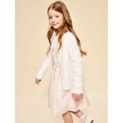 Sweter z ozdobnymi guzikami - Biały. Swetry dla dziewczynek Reserved. W wyprzedaży za 29.99 zł.
