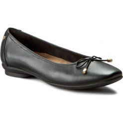 Półbuty CLARKS - Candra Light 261204554 Black Leather. Czarne półbuty damskie Clarks, ze skóry, eleganckie. W wyprzedaży za 249.00 zł.