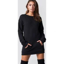 Pamela x NA-KD Długa bluza - Black. Czarne bluzy damskie Pamela x NA-KD, z materiału. Za 202.95 zł.
