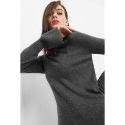 Sweter z domieszką kaszmiru. Brązowe swetry damskie Orsay, z dzianiny. W wyprzedaży za 80.00 zł.