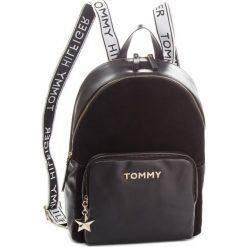 Plecak TOMMY HILFIGER - Corp Highlight Backp AW0AW05728 002. Plecaki damskie marki Tommy Hilfiger. W wyprzedaży za 839.00 zł.