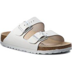 Klapki BIRKENSTOCK - Arizona Bs 0051133 White. Białe klapki damskie Birkenstock, ze skóry. Za 350.00 zł.