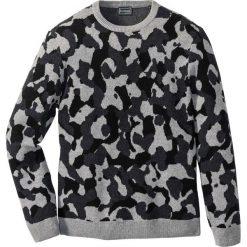 Sweter z bawełny z recyclingu Regular Fit bonprix szary moro. Szare swetry przez głowę męskie bonprix, moro, z bawełny. Za 74.99 zł.