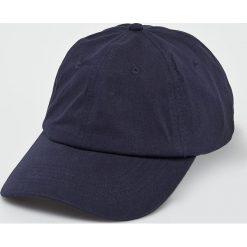 True Spin - Czapka Tuned Round Visor Plains. Czarne czapki i kapelusze damskie True Spin, z bawełny. W wyprzedaży za 49.90 zł.