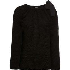 Sweter z kokardą bonprix czarny. Swetry damskie marki bonprix. Za 79.99 zł.