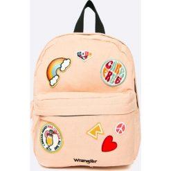 Wrangler - Plecak. Szare plecaki damskie Wrangler, z aplikacjami, z bawełny. W wyprzedaży za 129.90 zł.