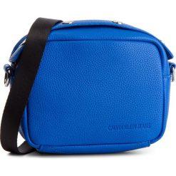 Torebka CALVIN KLEIN JEANS - Logo Banner Camera Bag K40K400807 455. Niebieskie torebki do ręki damskie Calvin Klein Jeans, z jeansu. Za 299.00 zł.