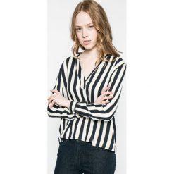 Wrangler - Bluzka. Szare bluzki damskie Wrangler, z tkaniny, casualowe. W wyprzedaży za 149.90 zł.