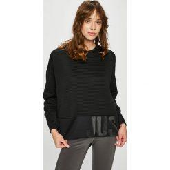 Nike - Bluza. Czarne bluzy damskie Nike, z dzianiny. W wyprzedaży za 159.90 zł.