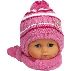 Czapka niemowlęca z szalikiem CZ+S 154D różowa. Czapki dla dzieci marki Reserved. Za 38.76 zł.
