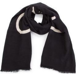 Szal CALVIN KLEIN - Needle Punch Scarf K60K604728  001. Czarne szaliki i chusty damskie Calvin Klein, z bawełny. Za 229.00 zł.