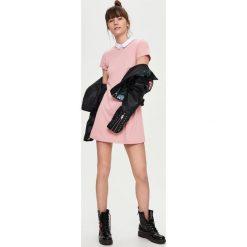 3070b99f9d Obcisła sukienka z lampasami - Różowy - Sukienki damskie marki ...