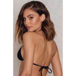 NA-KD Swimwear Góra bikini Triangle - Black. Czarne bikini damskie NA-KD Swimwear. Za 19.95 zł.