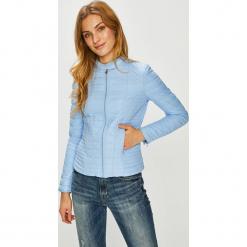 Guess Jeans - Kurtka. Szare kurtki damskie Guess Jeans, z aplikacjami, z elastanu. Za 699.90 zł.