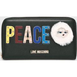 Love Moschino - Portfel. Czarne portfele damskie Love Moschino, z materiału. W wyprzedaży za 339.90 zł.