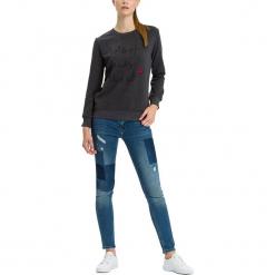"""Dżinsy """"Adriana"""" - Skinny fit - w kolorze niebieskim. Niebieskie jeansy damskie Cross Jeans. W wyprzedaży za 136.95 zł."""