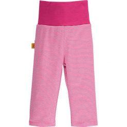 Spodnie w kolorze różowo-białym. Spodenki niemowlęce Steiff, z aplikacjami, z bawełny. W wyprzedaży za 39.95 zł.