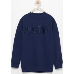 Bluza z napisem positive - Granatowy. Bluzy dla chłopców marki Reserved. W wyprzedaży za 39.99 zł.